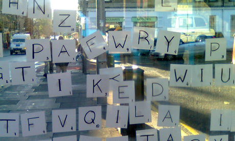Scrabble in a bus stop at Morningside Road