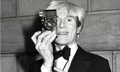 The andy warhol diaries edited by pat hackett review for Foto effetto andy warhol