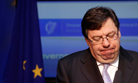 IBrian Cowen speaks to the media in Government Buildings