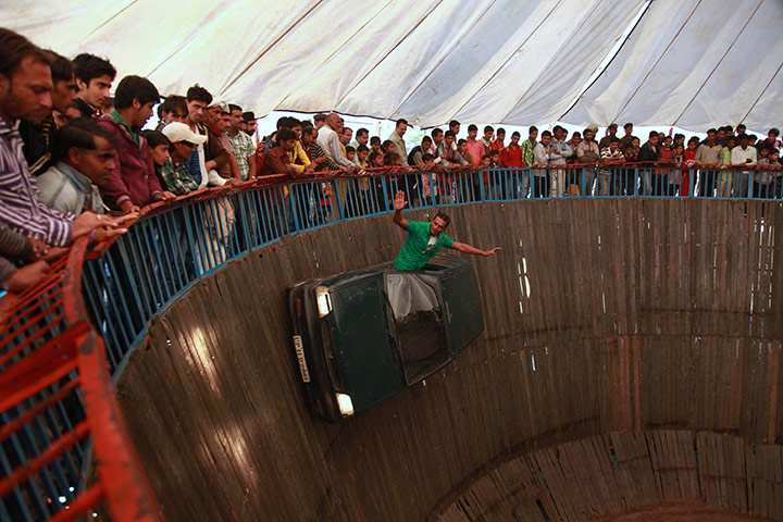 The Wall of Death   Retro Rides