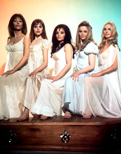 Ingrid Pitt Obituary: The Vampire Lovers (1970) with Ingrid Pitt