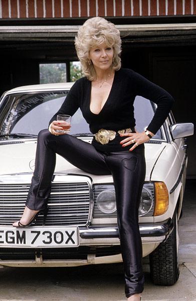 Ingrid Pitt Obituary: Bones Film set, London, Britain - 15 Jun 1984