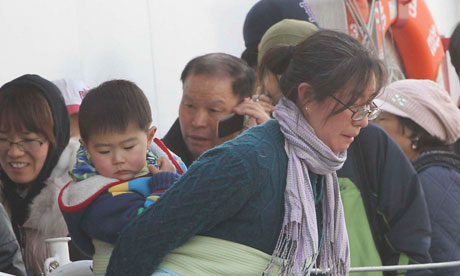 Evacuees from Yeonpyeong island arrive at Incheon