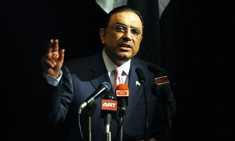 Pakistan President Asif Ali Zardari addr