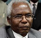 Kenya's secretary to the cabinet Francis Kirimi Muthaura addresses a news conference.