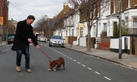 Dowling tries to cross the road with not-so-deadly Duddly.