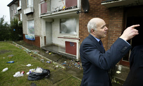 Iain Duncan Smith in Easterhouse