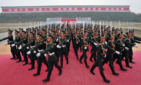 Chinese honour guards rehearse for 2009 Nationaal Day parade