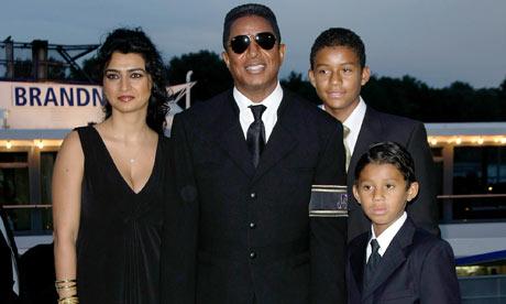 Jermaine-Jackson-with-his-001.jpg