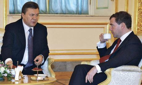 Ukrainian President Viktor Yanukovich visits Moscow