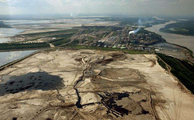 Guardian pic of Alberta Tar Sands industry