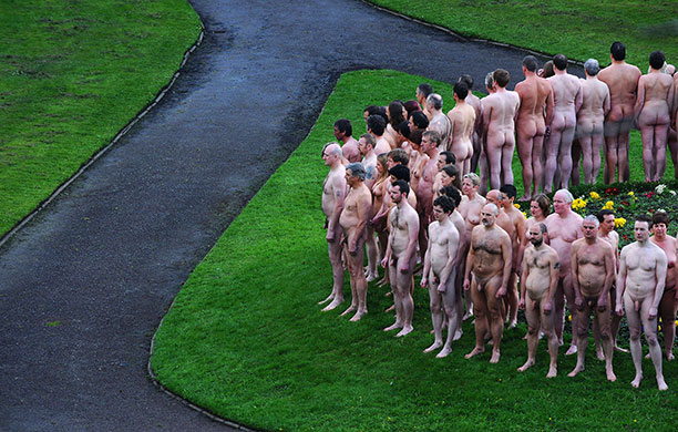 Spencer Tunick Photographs. Spencer Tunick: Nude models