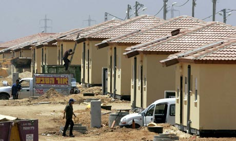 Housing in Nitzan is prepared for the uprroted settlers in 2005