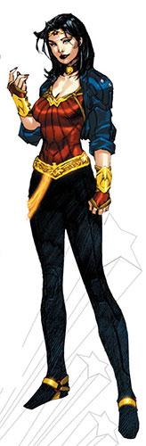 Wonder woman de Patty Jenkins (2017) Avec Gal Gadot - Page 5 The-new-Wonder-Woman-cost-001