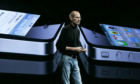 Steve Jobs announces the new iPhone 4
