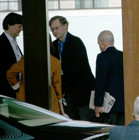 Bilderberg power gallery: John Micklethwait and Robert Zoellick
