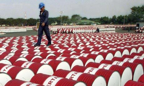Emergency Oil Stocks Release Precursor to Attack on Iran? oil barrels 006