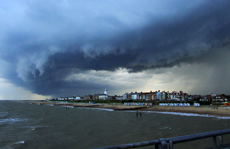 weather: view from Southwold pier