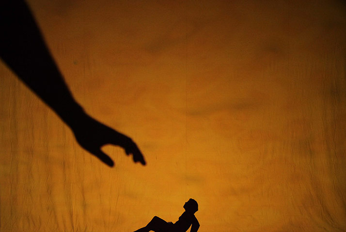 Shadowland Dance Performance by Pilobolus