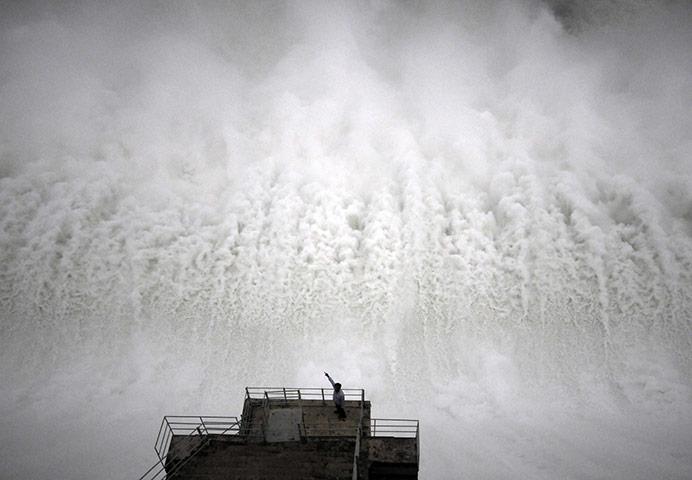 Nagarjuna Sagar dam in Nalgonda, India