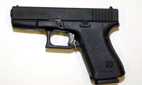 A-Glock-19-gun-007.jpg