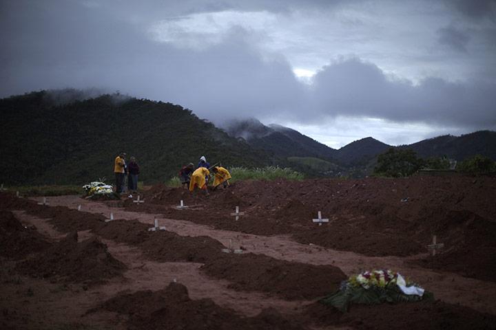 Landslides In Brazil. razil mudslide aftermath: