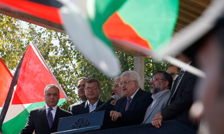 Mahmoud Abbas addresses newly released Palestinian prisoners, Ramallah, 18/10/11