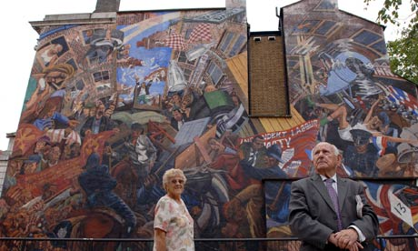 Comment is free the guardian for Battle of cable street mural