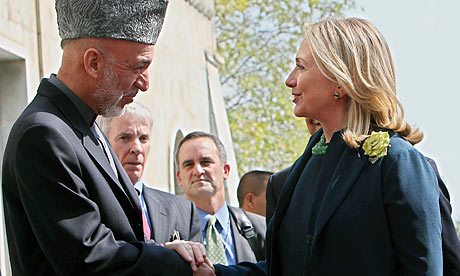 Hamid Karzai with Hillary Clinton in Kabul