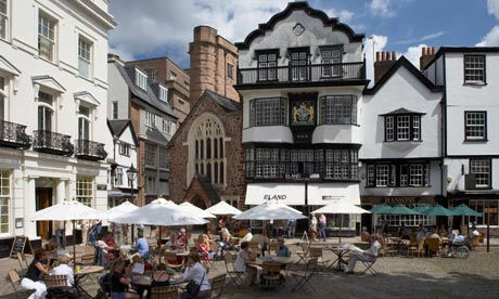 Eating in the cathedral close in Exeter