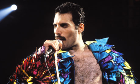 Freddie-Mercury-of-Queen-007.jpg