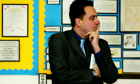 Stephen Twigg on a school visit