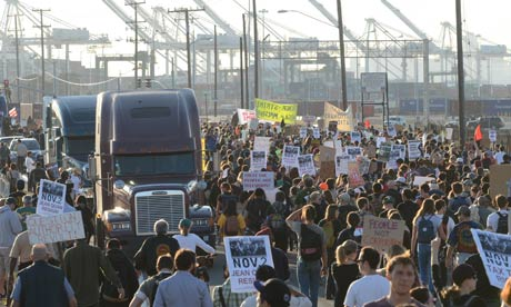 Oakland protesters march on the port.