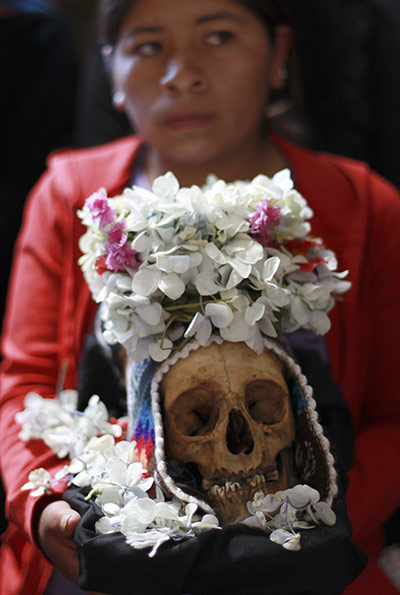 Bolivia day of skulls: floral headdress