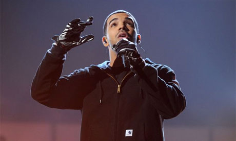 2011 American Music awards show – Drake