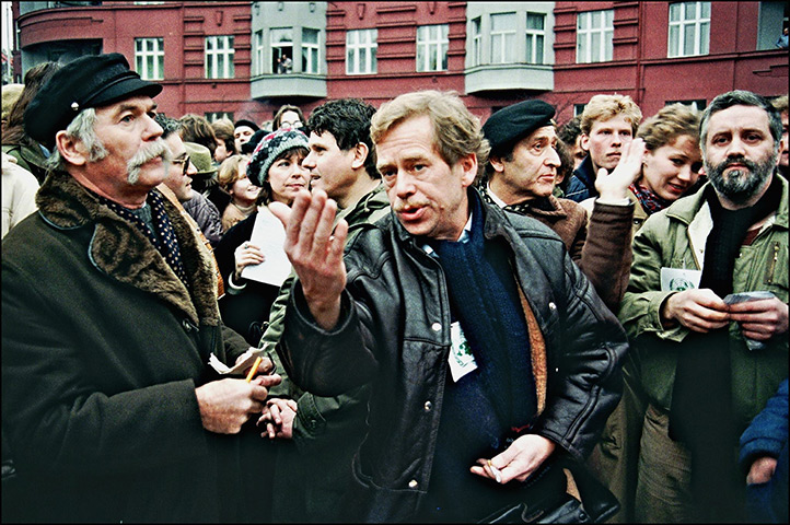 the life and career of vaclav havel By tracy burns to say that with václav havel's death on sunday, december 18 at age 75 marks the end of an era is a great understatement the last president of czechoslovakia and the first president of the czech republic shaped his nation into a western-style democracy during a presidency that endured 13 years.