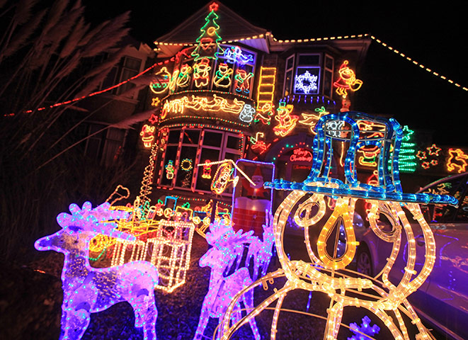 Houses transformed by Christmas lights – in pictures | Life and ...