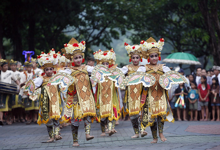 New Year celebrations: Balinese dancers