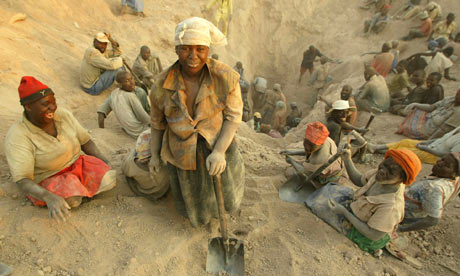 Diamond miners in Zimbabwe