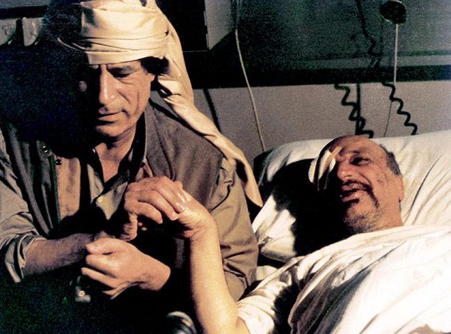 أستحلفكم بالله أن تدخلوا و تدعوا بالرحمة لزعيم العالم , أكبر تجميع صور للبطل . 1992-Colonel-Gaddafi-visi-026
