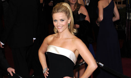 Reese Witherspoon arrives at the Oscars