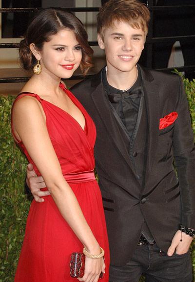 justin bieber and selena gomez 2011 oscars. Selena Gomez, Justin Bieber