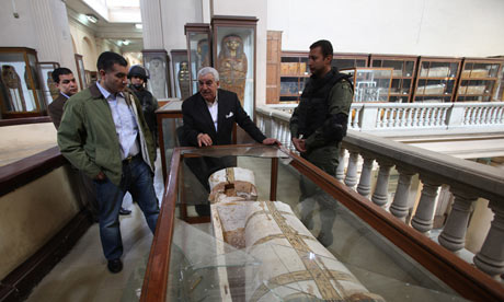 Zahi Hawass at the Egyptian Museum