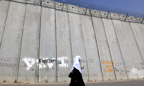http://static.guim.co.uk/sys-images/Guardian/Pix/pictures/2011/3/11/1299874580764/Israeli-separation-wall-i-007.jpg