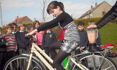 Oxgangs pupil Regan Scott, tries out the blender bike
