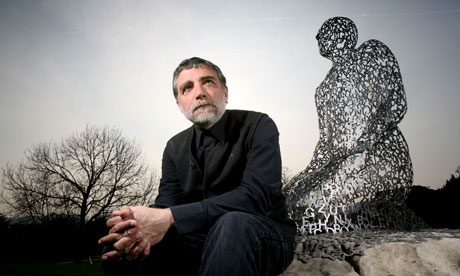 Jaume Plensa with some of his work at Yorkshire Sculpture Park