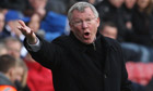 Sir Alex Ferguson claims criticism of referee was 'fair comment'