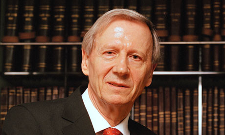 Former LSE head Anthony Giddens