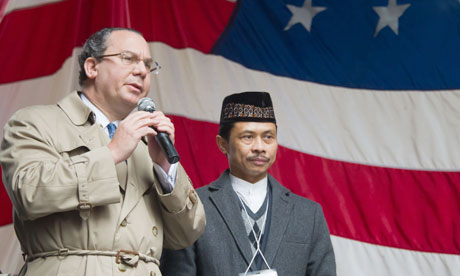 Rabbi Marc Schneier and Imam Shamsi Ali address the crowd at the Today, I Am a Muslim, Too rally