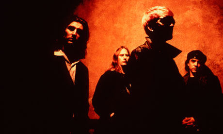 Starr (far right) left Alice in Chains in 1993